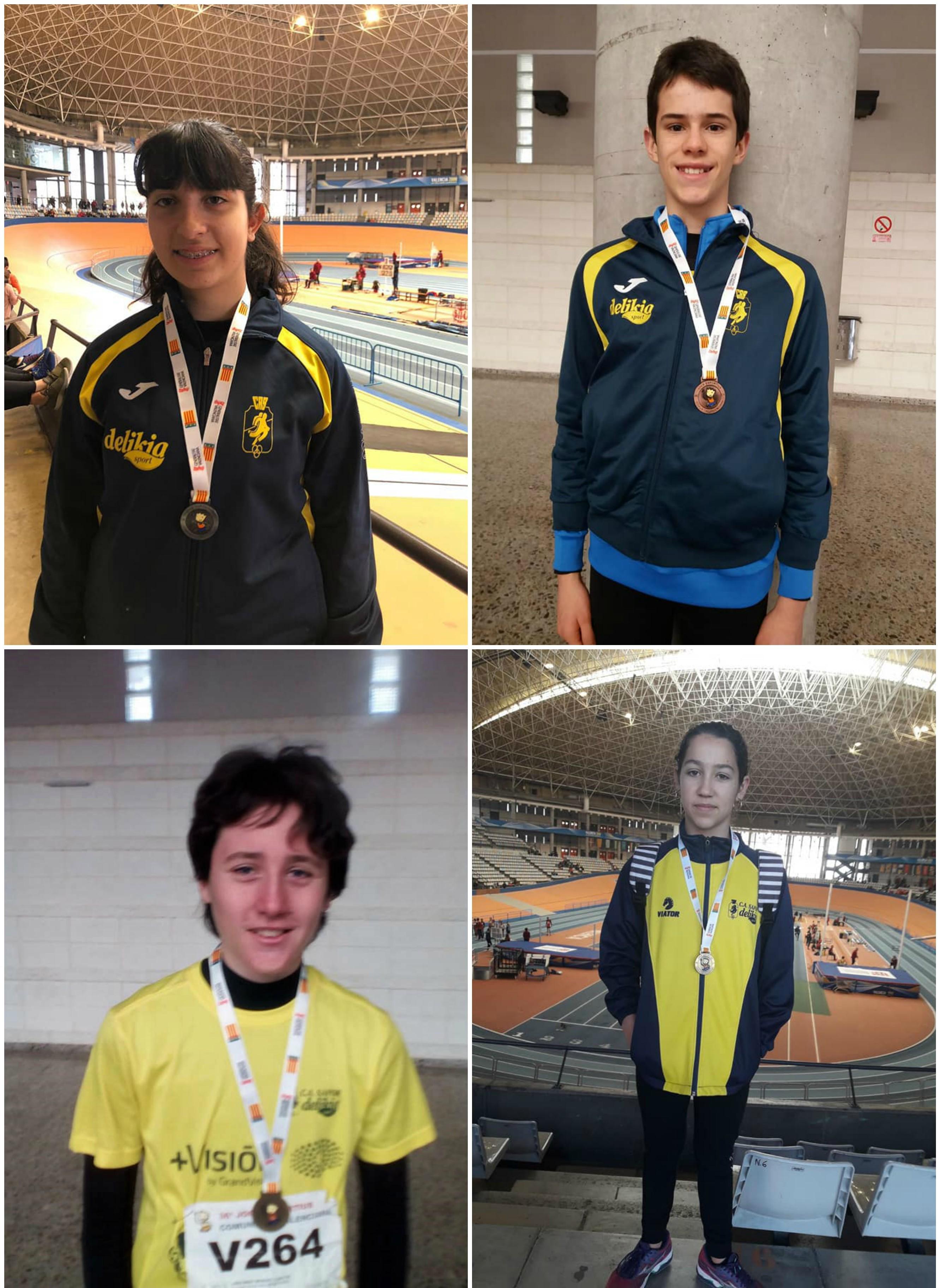 En el sentido de las agujas del reloj los medallistas Joana Escrivà, Andreu Almenar, Ángela Casanova y Jordi Miret.