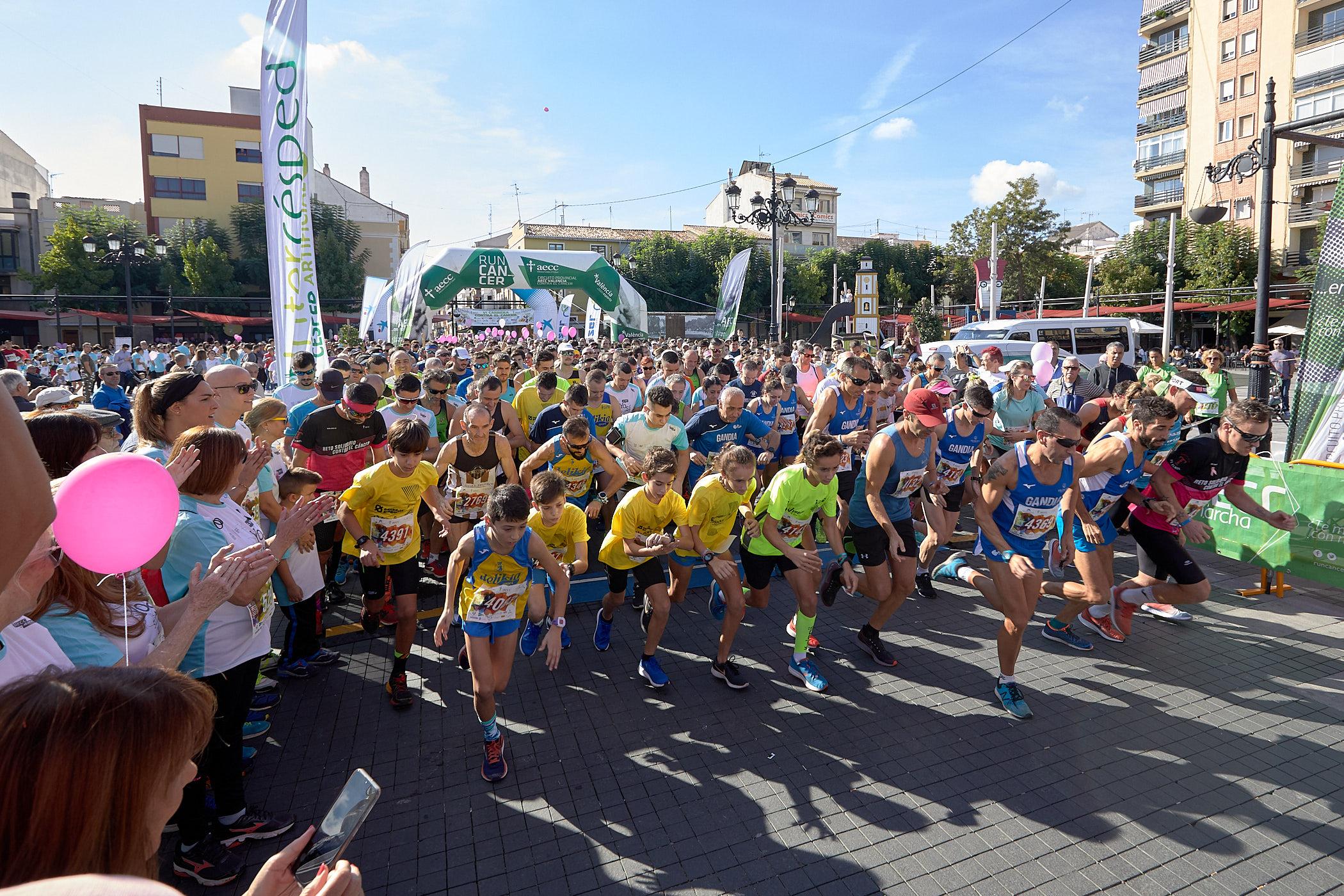El club va competir en la Mitja Marató de València i en la Cursa Contra el Càncer de Gandia