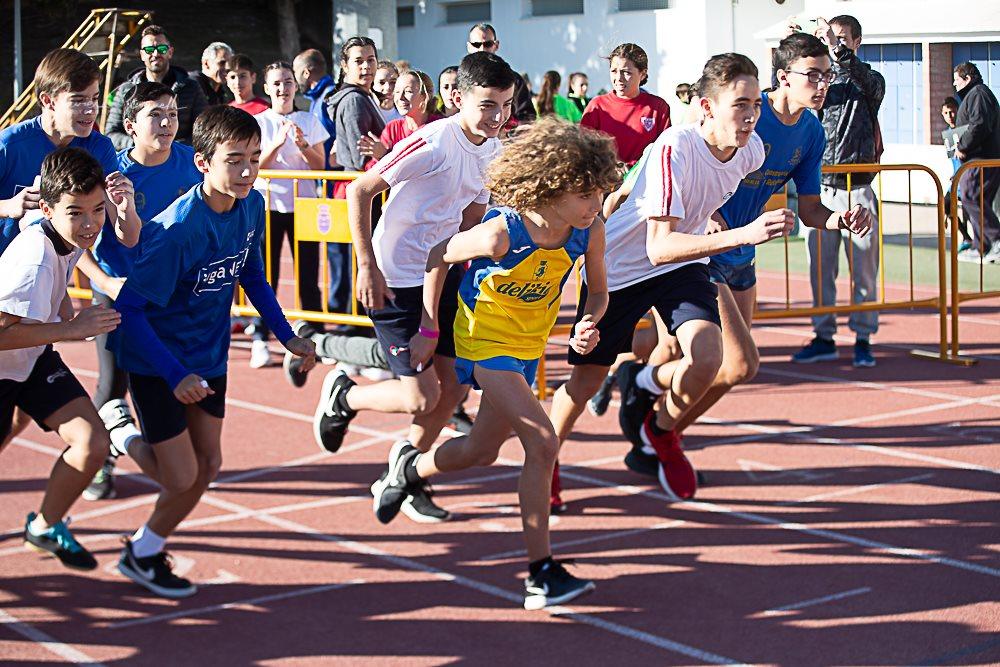 Més de 400 xiquets participaren a Gandia en la prova escolar de camp a través