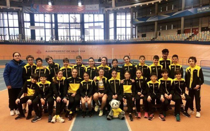 El club puja al podi amb els seus infantils en el provincial per equips baix sostre