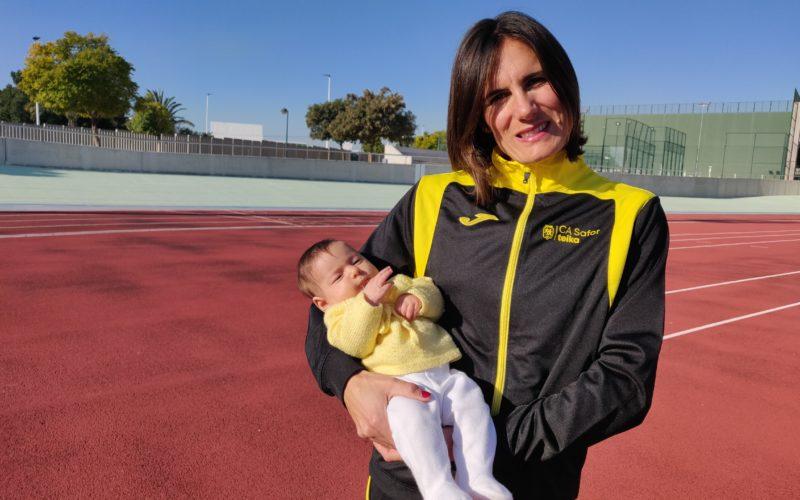 Neus Mas: 'Compaginar maternitat i atletisme no és fàcil però compensa sobradament'