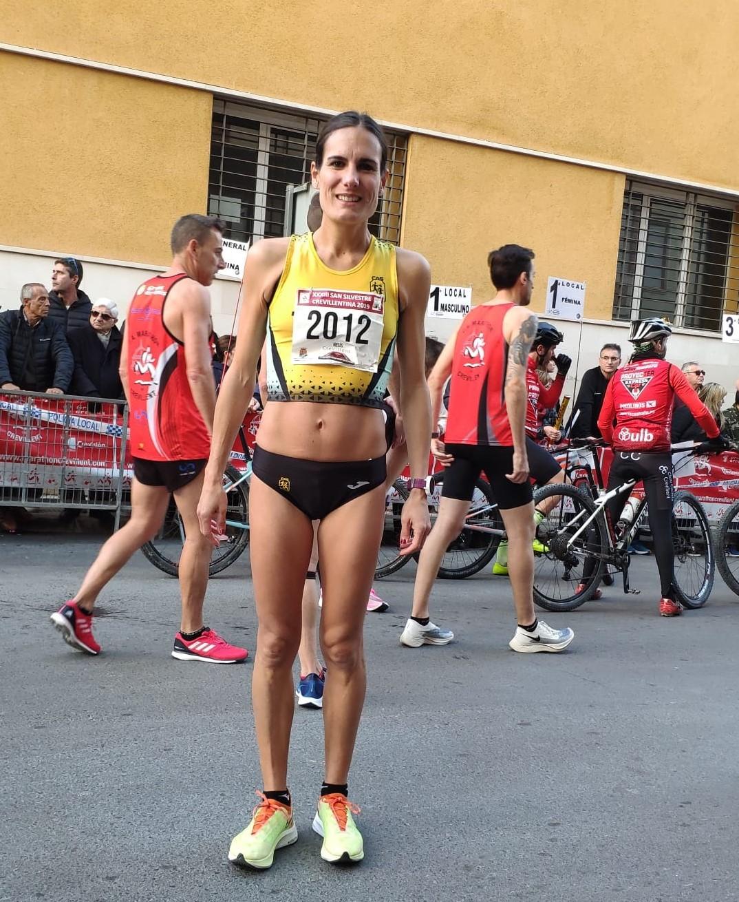 Neus Mas, primera corredora local en la San Silvestre Internacional Crevillentina