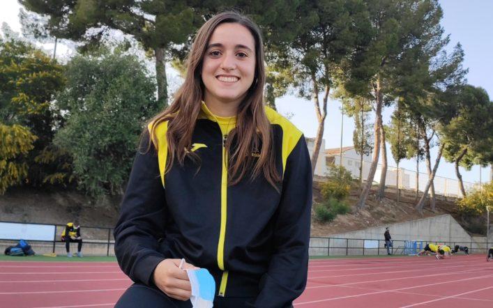 Claudia Martínez: 'L'atletisme proporciona experiències que al llarg de la vida no s'obliden'