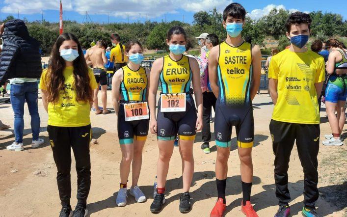 Xavi Cabanilles continua imbatible entre els infantils del triatló escolar autonòmic