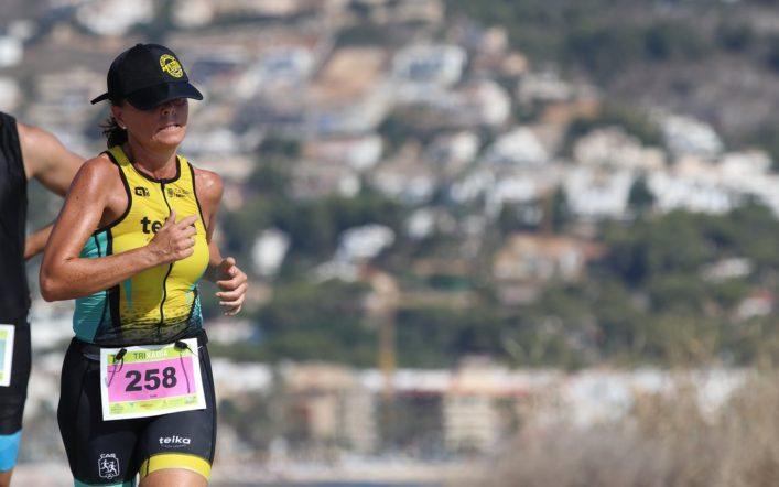 Suni Perales puja al podi en el Triatló de Xàbia en distància olímpica